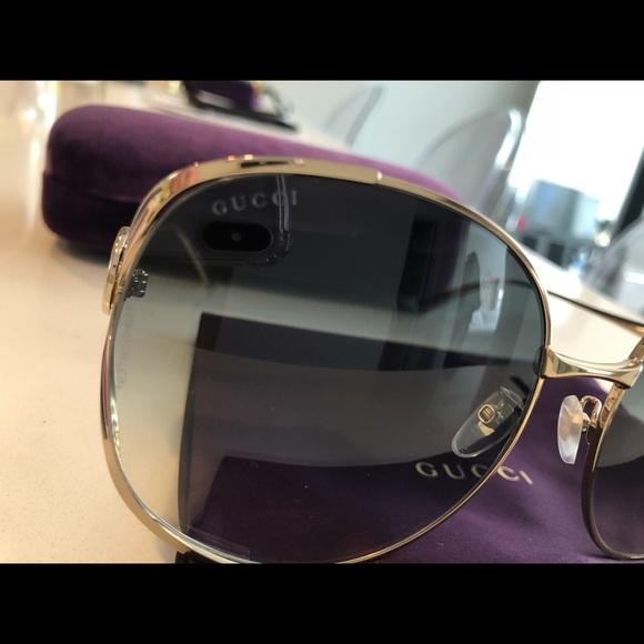 9bd0f21214eb Gucci Accessories - Auth Gucci Women's Oversized Sunglasses GG0225S004